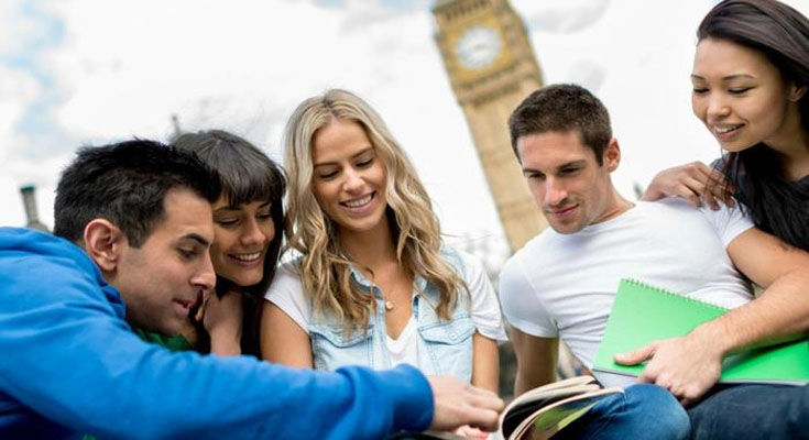 5 Top Benefits of Studying Abroad